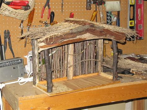 How To Make A Tabletop Nativity Stable