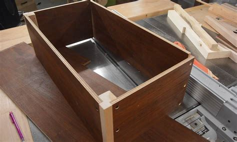 How To Make A Thin Wooden Box