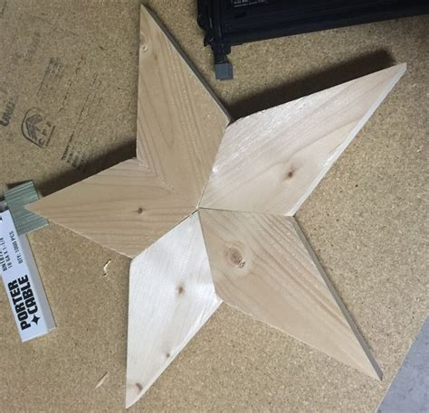 How To Make A Wooden Barn Star