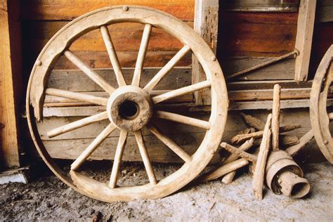 How To Make A Wooden Cart Wheel