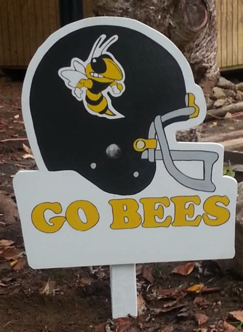 How To Make A Wooden Football Yard Sign