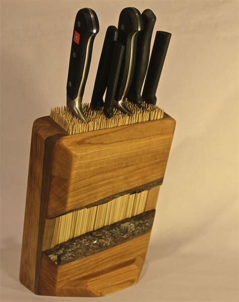 How To Make A Wooden Knife Holder