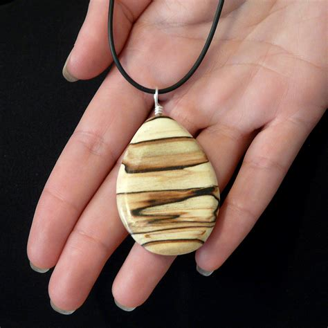How To Make A Wooden Locket