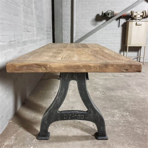 How To Make A Wooden Tabletop For Wrought Iron Leg
