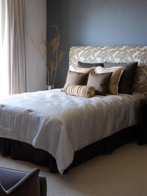How To Make An Upholstered Bed