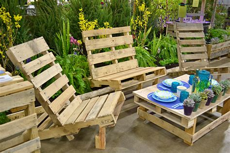 How To Make Diy Pallet Patio Furniture