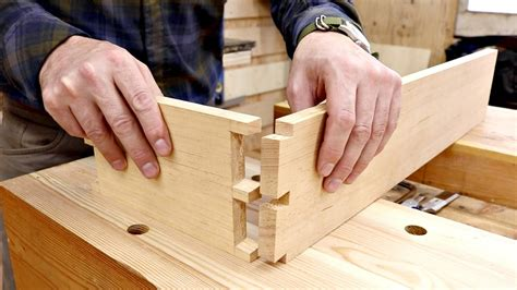 How To Make Dovetail Joints With Hand Tools