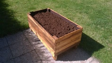 How To Make Garden Planters Out Of Pallets