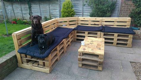 How To Make Garden Seats Out Of Pallets