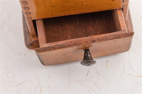 How To Make Kitchen Drawers Stop Squeaking