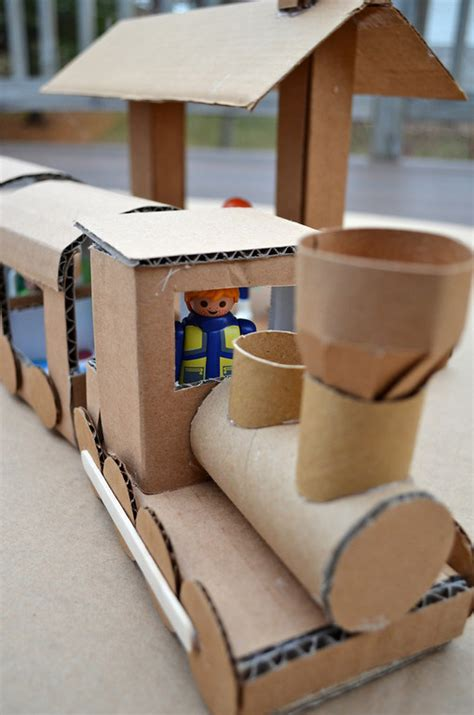 How To Make Toys Out Of Cardboard