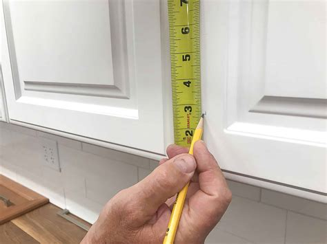 How To Measure Kitchen Cabinet Door Knob