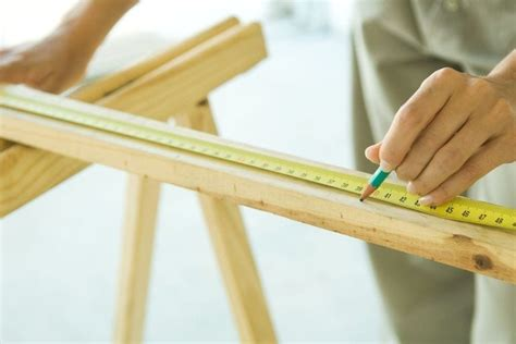 How To Measure Wood For Cutting