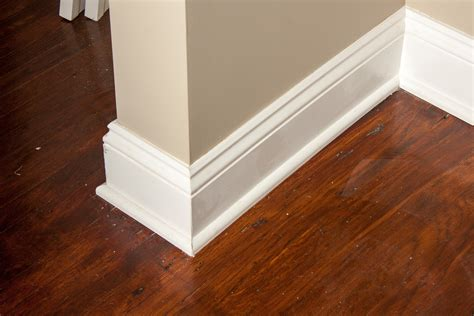 How To Miter Corners For Baseboards