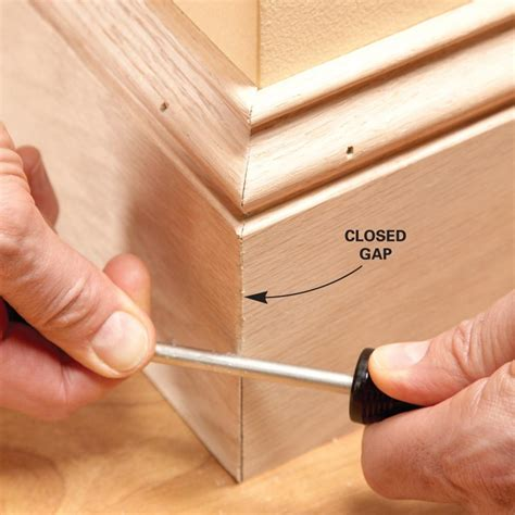 How To Miter Corners Wood Trim