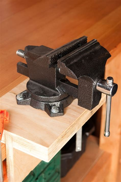 How To Mount A Woodworking Vice
