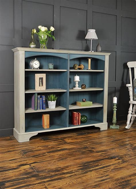 How To Paint A Wood Bookshelfe