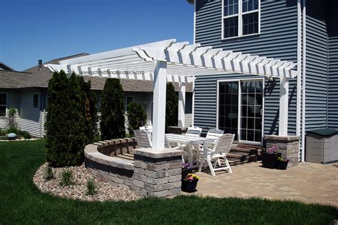 How To Pergola With Concrete Columns