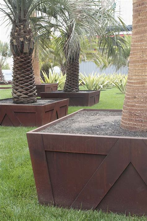 How To Plant A Planter Box