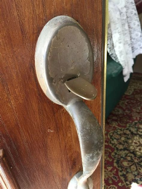 How To Polish Door Handles