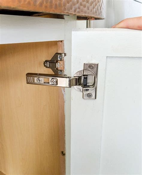 How To Put Old Hinges On Cabinet Doors