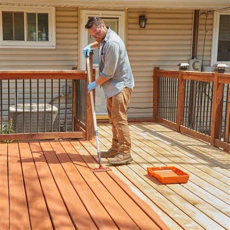 How To Put Stain On Wood Deck