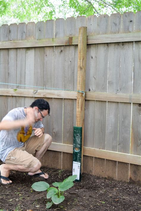 How To Refurbish Wood Fence