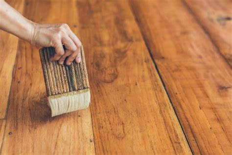How To Remove Polyurethane Varnish From Wood