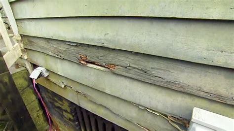 How To Repair Damaged Wood Siding