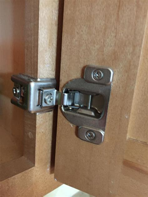 How To Replace Cabinet Hinges Kitchen