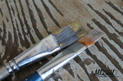 How To Restore Dried Paint Brushes