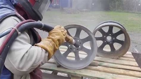 How To Sand Alloy Wheels