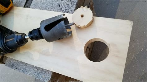 How To Saw A Hole In Wood