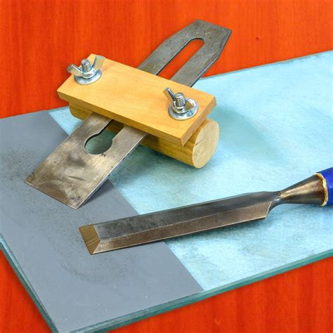 How To Sharpen A Chisel Blade