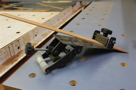How To Sharpen A Chisel Grind Knife Blade
