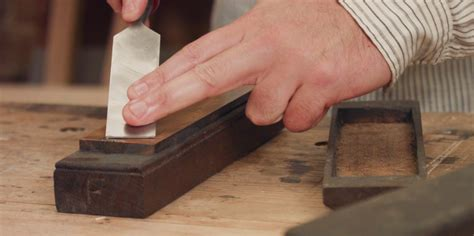 How To Sharpen A Chisel On A Stone