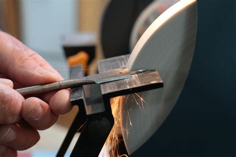 How To Sharpen A Paddle Bit