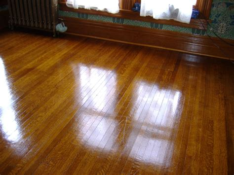 How To Shellac Pictures On Wood