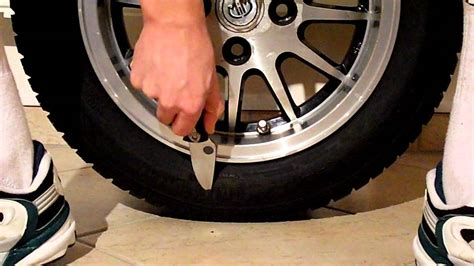 How To Slash A Tire With A Knife