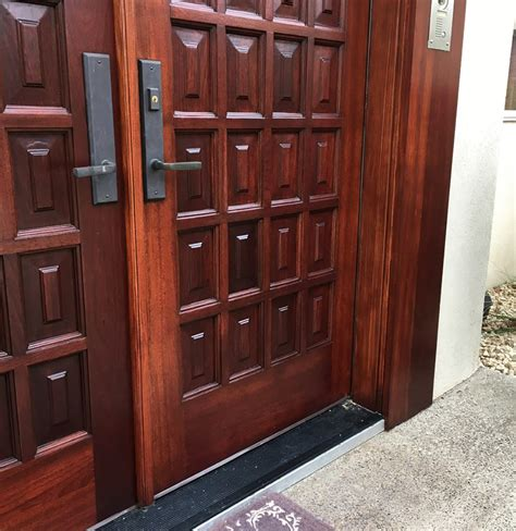 How To Spray Wood Stain On Exterior Doors