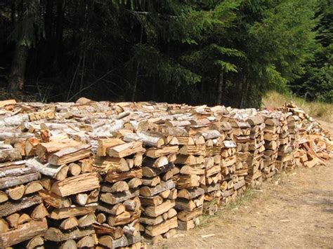 How To Stack Wood For Drying