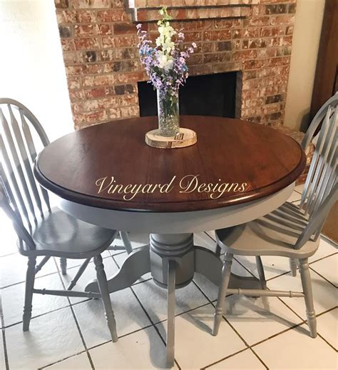How To Stain A Large Table Top