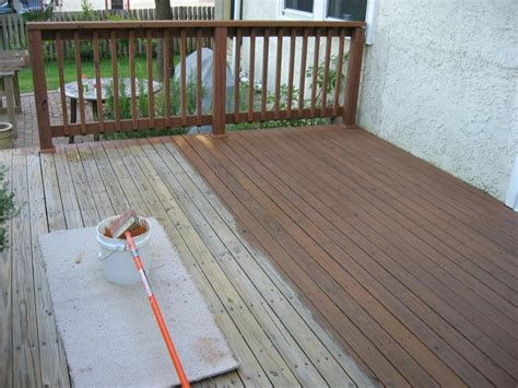 How To Stain A Wood Deck Fence