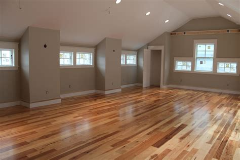 How To Stain And Polyurethane Wood Floor