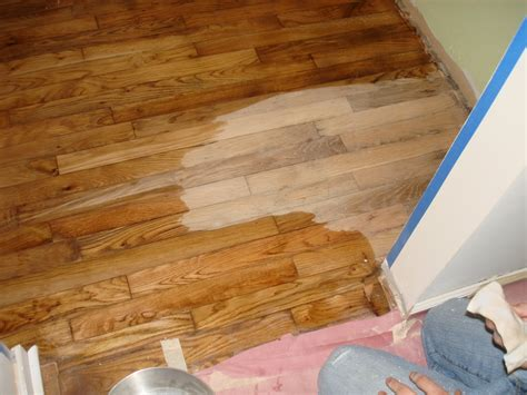 How To Stain Floors With Minwax
