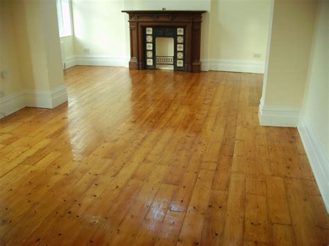 How To Stain Pine Flooring