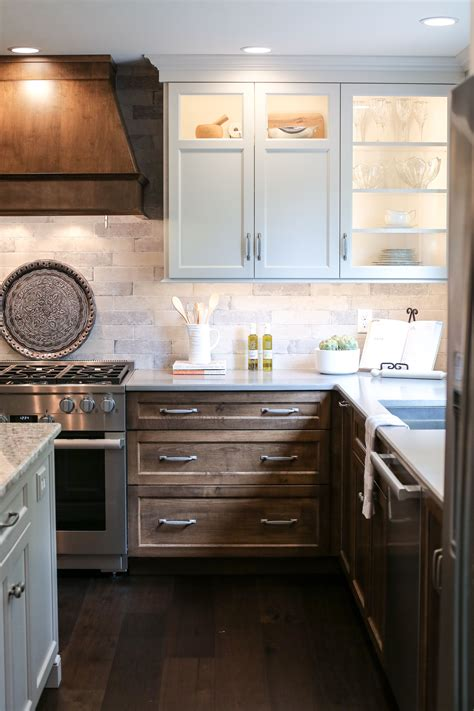 How To Stain Your Cabinets White