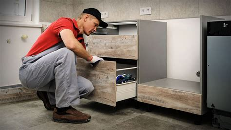 How To Start A Cabinet Making Business