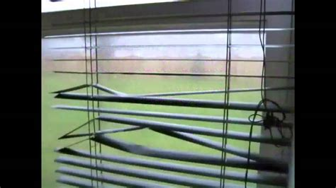 How To Straighten Bent Wood Venetian Blind