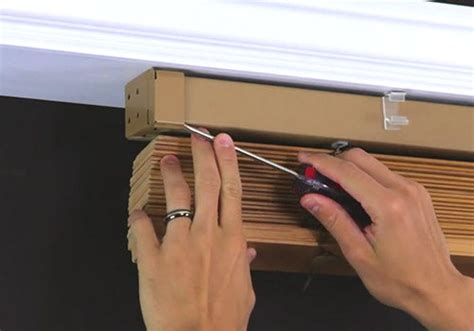How To Take Wooden Blinds Apart